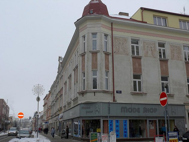 Rohový dům č.p. 1004.