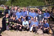 HASIČI. Viličtí hasiči při jedné ze soutěží. Sbor se zapojuje do společenského a kulturního dění v obci. V nejbližší době je čeká pravidelný rockový festival.