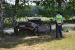 Levotočivá zatáčka se v úterý 27. 6. 2017 stala řidiči osudnou.