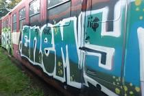 Historický vagón po řádění vandalů