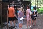 Letní Tábor v Borovanech Balloon club navštívily ve čtvrtek 13. srpna ředitelka českobudějovické hygieny Květoslava Kotrbová a hygieničky Marie Nosková a Romana Fürstová. Táborové zařízení nad Borovanským mlýnem absolvovalo důkladnou kontrolu bez poskvrny