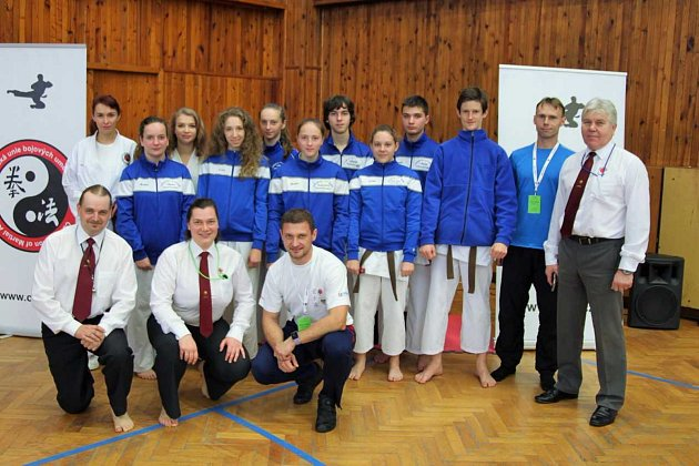 Reprezentanti Karate-P-Klubu Tábor na MČR v Neratovicích.