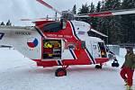 Dvoumotorový Sokol posílají dispečeři tísňové linky 155 v kraji nejčastěji na Šumavu k vážně zraněným. Nejčastějším cílem pacientů je traumacentrum v Nemocnici České Budějovice.