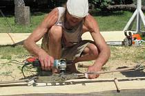 Řezbáři své umění s pilami, rozbrusy a dláty předvedou od čtvrtka do neděle od 10 do 16 hodin i veřejnosti.