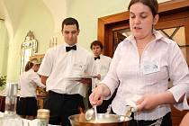 Závěrečné zkoušky se odehrály i v restauraci Beseda