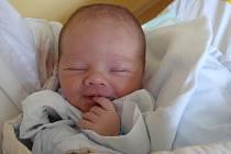 MIROSLAV PÁN Z TÁBORA. Rodiče Milena a Miroslav  se  těší z prvního syna narozeného 14. listopadu v 11.03 hodin s váhou 3550g a mírou 51cm.