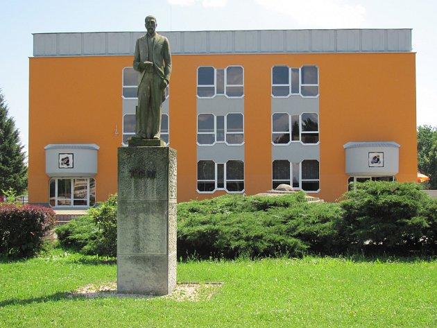 Památník TGM ve Veselí nad Lužnicí.