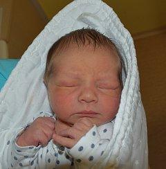 Samuel Melcr z Tábora. Narodil se 11. června v 6.13 hodin  jako první dítě rodičů Lucie a Šimona. Vážil  3190 gramů, měřil 45 cm.
