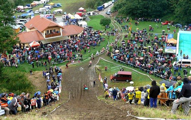 Legendární Strmý vrch v Chýnově znovu čeká na své pokořitele.