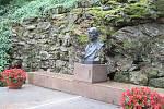 Po zimní přestávce se o víkendu podívají návštěvníci s průvodcem do zahrady i vnitřních prostorů Benešovy vily..