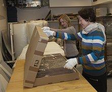 Mladovožická opona v rukou muzejníků