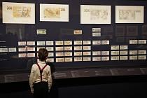 Ke 100. výročí naší měny vydala Česká národní banka pamětní bankovku a uspořádala i výstavu.