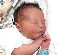 MICHAEL KEJŘ Z TÁBORA. Bráška tříleté Agátky přišel na svět  13. dubna ve 12.12 hodin.  Po narození vážil 4360 g a měřil 53 cm.