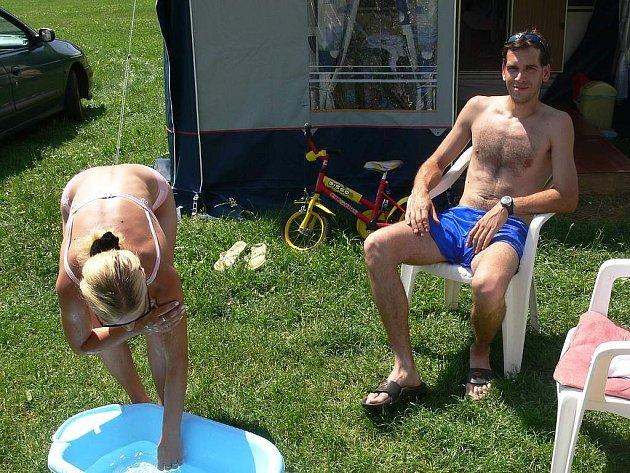 Ivo a Štěpánka Beljasinovi z Prahy se svou čtyřletou Nikolkou navštěvují kemp Pohoda již asi devět let.