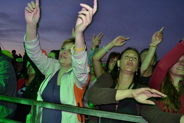 V pátek a sobotu se Želeč bavila Footfestem.