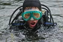 Při výzkumu pomáhali i potápěči. Ilustrační foto.