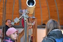 Neuskutečněné pozorování přechodu Merkuru před Slunce návštěvníky táborské hvězdárny mrzelo, smutní domů ale rozhodně neodcházeli.