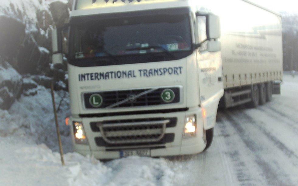 Norsko 2007 – vyprošťování kamionu.