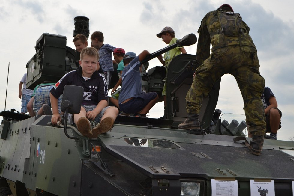 V Chýnově se v sobotu konal Den s armádou.
