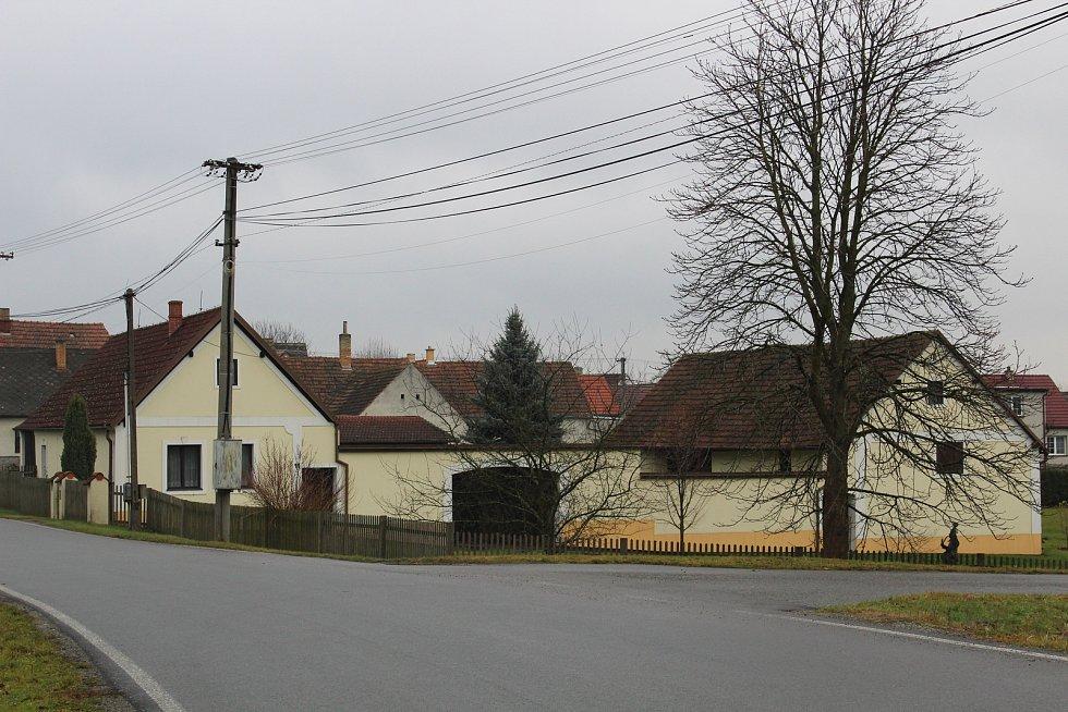 Rodný dům Jana Míky v Hlavňově.
