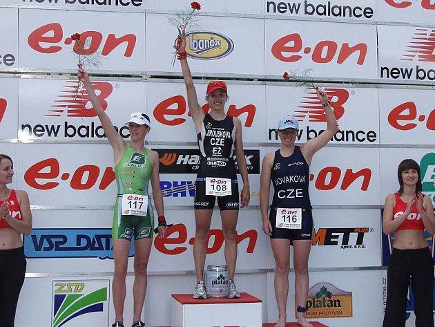 Nejlepší tři ženy, zleva Vodičková, Jiroušková a Nováková.