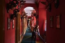 Úklid na zámku Bechyně