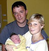 FILIP SKÁLA ZE SEDLCE – PRČICE. Prvního syna se  Kateřina s Tomášem dočkali 12. srpna v 6.46 hodin. Vážil 4040 g a měřil 52 cm.