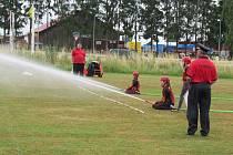 Medaile i melouny obdržely nejlepší týmy mladých hasičů v sobotu 13. července na malšickém fotbalovém hřišti.