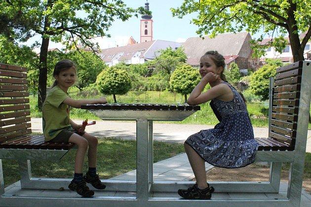 Nejmladšími hráči turnaje byli Max a Dorotka Veverkovi z Tábora.