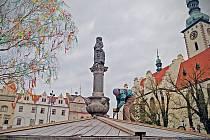 Zimního poklopu se jako první v Táboře zbavila kašna na Žižkově náměstí.