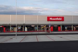 Prodejna Mountfieldu v Táboře.