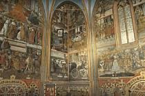 Zlatý interiér kaple svatého Václava.