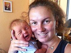 Vilém Tomášek z Tábora. Na svět přišel 2. září ve 2.38 hodin jako druhé dítě v rodině. Po narození vážil 3910 gramů, měřil 51 cm a má sestřičku Sofii, které jsou čtyři a půl roku.