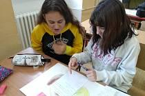 Bezmála 250 žáků druhého stupně ZŠ Mikuláše z Husi v Táboře se ve čtvrtek zapojilo do mezinárodního projektového dne ERASMUS DAY.