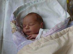 TEREZA KÁŠKOVÁ z TÁBORA. Narodila se 30. srpna v 8.08 hodin. Vážila 2850 g a měřila 48 cm. Tereza má bratra Láďu (3).