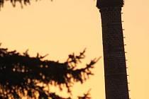 Vítání čapího páru při západu slunce.