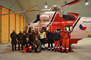 Provoz letecké záchranky převzala armáda. Tento tým sloužil první den nového roku.