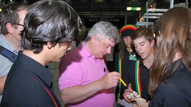 Tým z táborské průmyslovky Bez-cu creW představil svoji formuli v národním kole soutěže.
