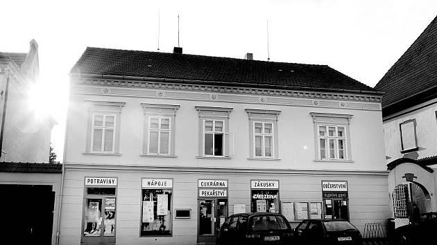 Číslo popisné 168 na jistebnickém náměstí patřilo vždy obchodu.