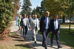 Ministr zdravotnictví Adam Vojtěch navštívil v pátek táborskou nemocnici.