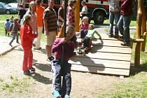 Děti se budou moci vyřádit na nových hřištích.