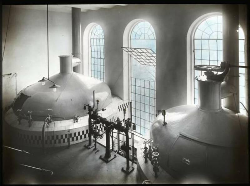 Táborský pivovar. Historické fotografie pocházejí z atelieru Šechtl a Voseček. Zveřejňujeme je s laskavým svolením Marie Šechtlové.