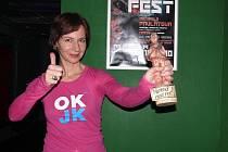 Vítězné gesto a sošku Táborský pásek pro nepřítomnou  vítězku 16. ročníku táborského  Videofestu  Kristinu Dufkovu si vyzkoušela režisérka, animátorka a výtvarnice Michaela Pavlátová, která přijala pozvání a zúčastnila se jako host.