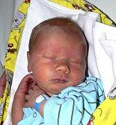 MARIAN HORKA Z DRAŽIC. Narodil se 3. dubna v 8.14 hodin. Vážil 3630 g, měřil 52 cm a už má doma dvouletou sestřičku Lauru.