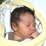 MATYÁŠ DOMINIK LANG Z TÁBORA. Narodil se 7. listopadu v 15.05 hodin. Vážil 3320 g, měřil 48 cm a už má brášku Kryštofa Jiřího (2,5).