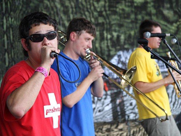 Peshata pokřtí nové album v sobotu 13. března v táborském klubu Milenium.
