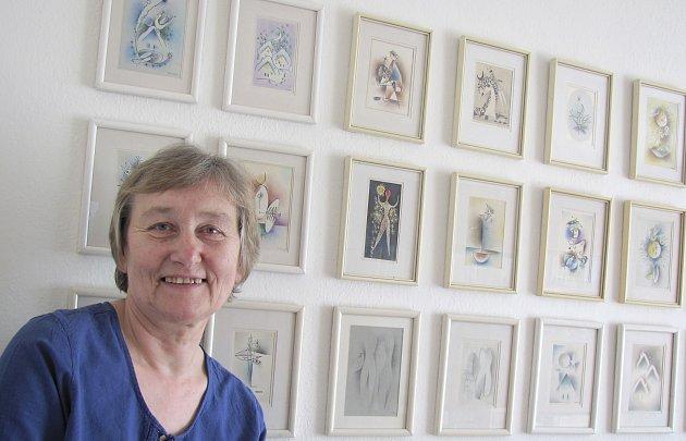 DOMÁCÍ GALERIE. Dcera Františka Peterky Eva Hrušková má doma obsáhlou sbírku obrazů svého otce a tím vlastně i soukromou galerii. Prodává z ní  jen velmi sporadicky.