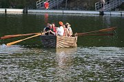 Jordán brázdil středověký vodní člun.