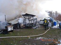 Požár v Černýšovicích u Bechyně.
