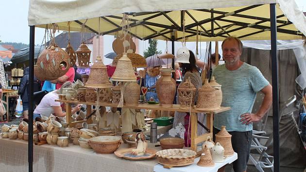 Keramické trhy v Bechyni.